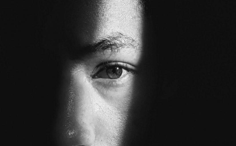 糖尿上眼可導致白內障 定期檢查避免手術